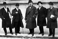 ******** Futurisme : Russolo, Carra', Marinetti, Umberto Boccioni et Severini à Paris en 1912