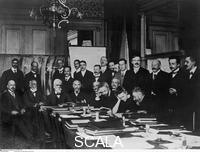 ******** First Solvay Conference, Bruxelles, 1911. From Left to Right, Seated: Nernst, Brillouin, Solvay, Lorentz, Emil Warburg, Perrin, Marie Curie, Poincare'; Standing: Max Planck (2nd from left) and from Right: Langevin, Einstein, Kamerlingh, Onnes und Rutherford