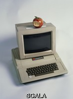 ******** Apple II computer & monitor, with an apple on top. This was released in 1977 and included a number of revolutionary features, including its plastic casing and the ability to display colour on a monitor. It was designed and built by the co- founders of the Apple Computer Inc. company, Steve Wozniak and Steve Jobs. It is on display at the Computer History Museum, USA. The museum's collection includes over 3000 artefacts from 1945 to 1990. Established in 1996, the museum preserves and returns to working order, computers that have had a significant historical impact. The museum is due to be relocated, becoming part of the NASA Research Park, California, USA, in 2005.