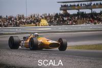 ******** Bruce McLaren's McLaren-Ford, Spanish Grand Prix, Jarama, Madrid, 1968.
